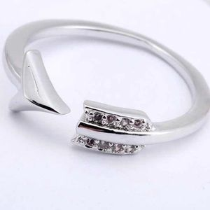 Sterling silver arrow ring AAA cz accents
